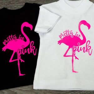 Thermoflex Plus Neon/ t-shirts with pink vinyl flamingo design